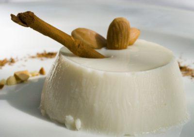 Biancomangiare_budino_bianco_ siciliani_dolci_siciliani_ricette_