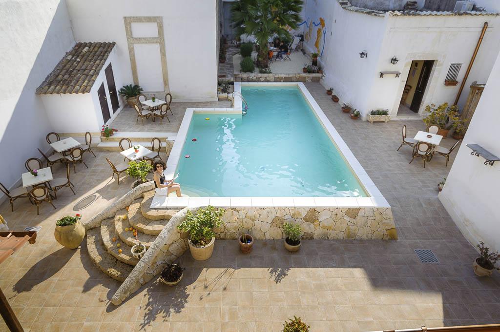 B&B Avola bed and breakfast Morfeo val di Noto b&B Siracusa hotel sul mare b&b dormire avola vacanze sicilia marzamemi b&b b&b avola centro con piscina resort avola centro benessere_101