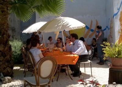 Addio al nubilato Bed_and_breakfast_avola_morfeo_bb_siracusa_piscina_foto_ospiti_7