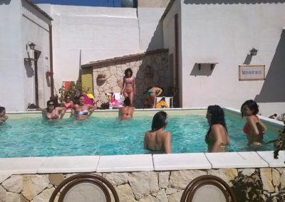 addio al nubilato Bed_and_breakfast_avola_morfeo_bb_siracusa_piscina_foto_ospiti_