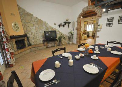 Cucina_Colazione_Il_Mandorleto_Resort_Noto_Bed_and_breakfast_Noto_Siracusa_Avola_villa_noto_resort_noto_Avola_siracusa_villa_con_piscina_3