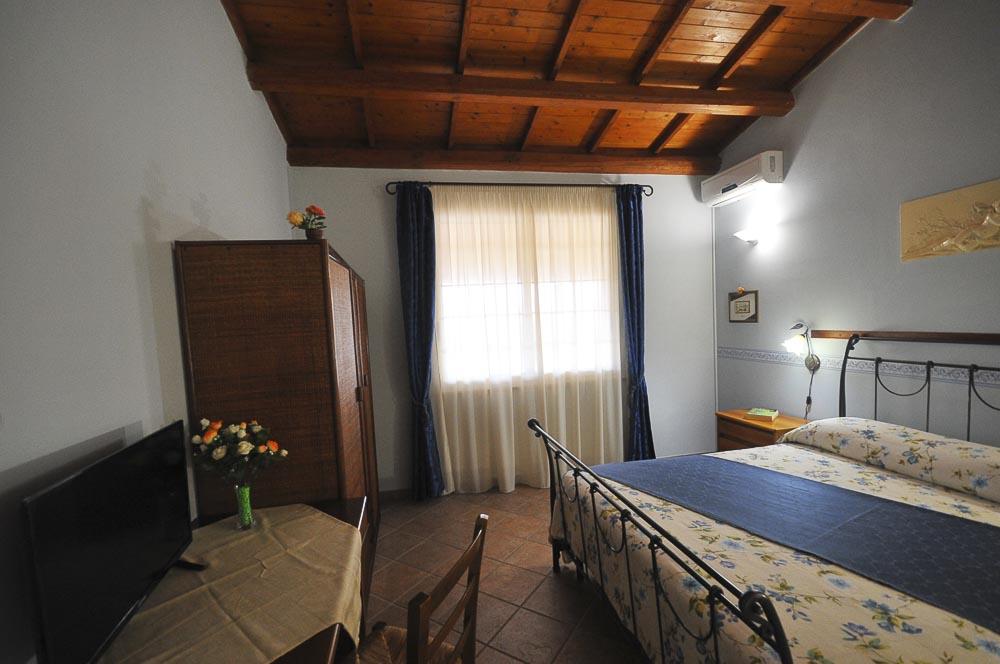 Zeus_Il_Mandorleto_Resort_Noto_Bed_and_breakfast_Noto_Siracusa_Avola_villa_noto_resort_noto_Avola_siracusa_villa_con_piscina_5