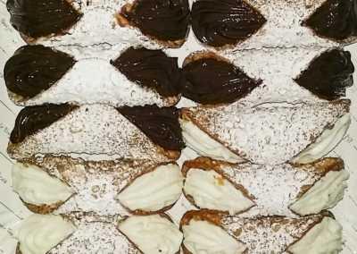 Cannoli_Siciliani_Esperienze_culinarie_degustazioni_eno_gastronomia_avola_noto_b&b_Avola_28