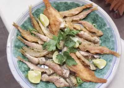 Pesce_fresco_appena_pescato_Esperienze_culinarie_degustazioni_eno_gastronomia_avola_noto_b&b_Avola_13