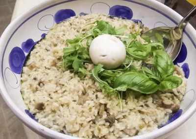 Risotto_ai_funghi_Esperienze_culinarie_degustazioni_eno_gastronomia_avola_noto_b&b_Avola_1