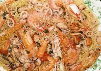 Spaghetti_alla_marinara_Esperienze_culinarie_degustazioni_eno_gastronomia_avola_noto_b&b_Avola_36